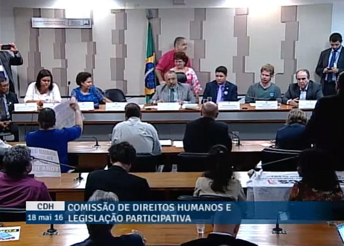 A proposta da Frente Parlamentar é a luta pela garantia dos direitos conquistados pelos trabalhadores, por meio do diálogo social entre parlamentares e a população