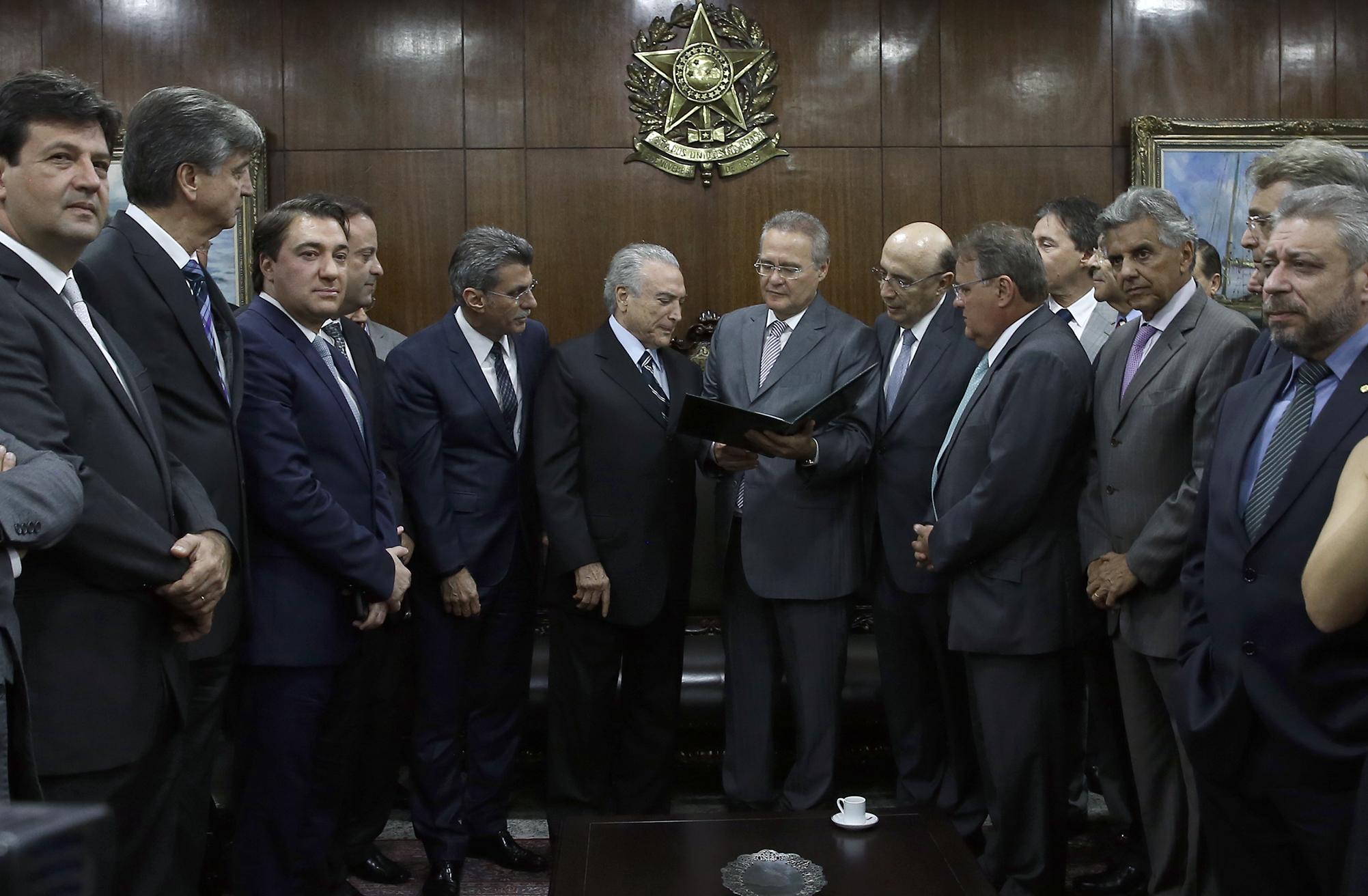 CNI apoia propostas defendidas pelo atual governo que vão amargar a vida do trabalhador em nome da salvação econômica brasileira