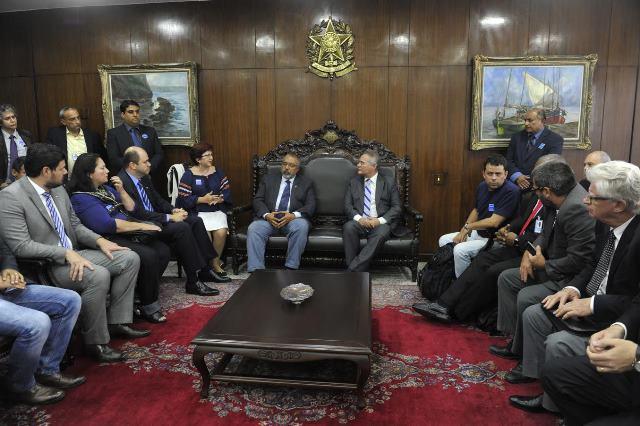 FASUBRA participou da reunião com o presidente do senado na quarta-feira
