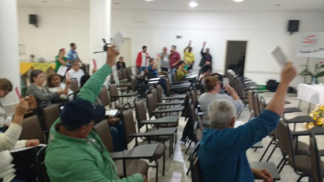 Plenária do IX Conista vota para aprovar regimento do congresso
